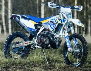 81308990100_bike_graphics_kit_factory_enduro