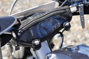 Zigzag Handlebar Bag - 1